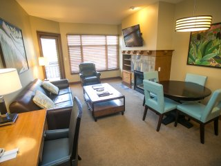 Fully equipped suite in the heart of Canyons Village
