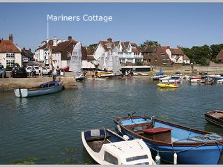 Waterside Cottage in the heart of Emsworth