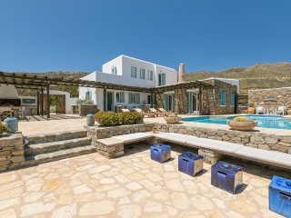 Mykonos Panormos 5 Bedroom Private Pool Villa