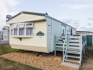 6 berth caravan at North Denes Holiday Park. In Lowestoft, Norfolk. REF 40128