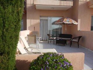 E2 Desire Gardens, Peyia - modern 2 bedroom townhouse