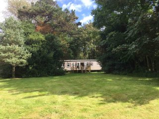 Isle of Wight, luxury caravan in a private woodland