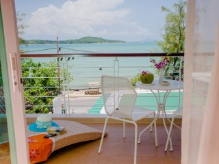 Oceanfront Premier Two-Bedroom Suite - Rawai Beach