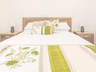 Modern Japanese styled 1-bed in Marrickville