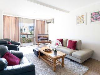 Spacious CBD Apartment next to Darling Harbour