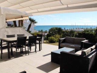 Port Sitges, apartamento con piscina junto a la playa!!
