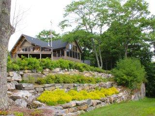 Expansive Views, Water Access - High Head Log Cabin