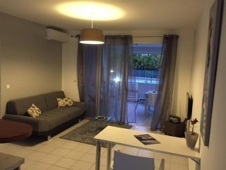 T3 spacieux entierement renove,residence ibis,Moudong Sud.