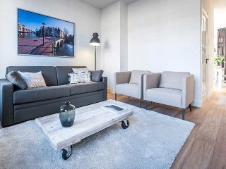 2 bedroom apartment for a great stay in Amsterdam