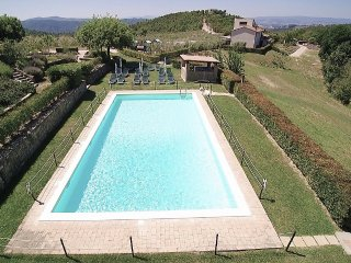 1 bedroom Villa in Gualdo Cattaneo, Umbria, Italy : ref 5228416