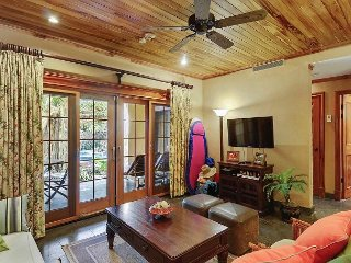 Luxury Beach Villa in Langosta, next to Tamarindo. Steps to the Ocean!