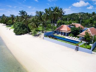 3 Bedroom Beachfront Villa Baan Dalah