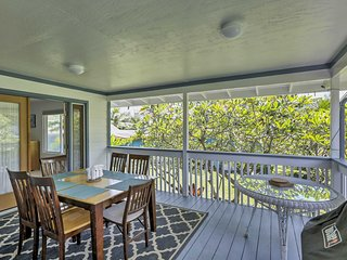 NEW! Beachfront 'Seals Retreat' 2BR Hauula Home!