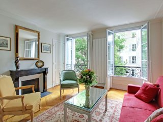 GARDEN2 - 2  Bedroom near Parc Monceau - Sleeps 6