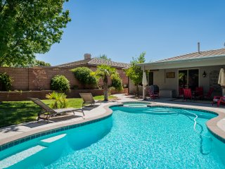 Home with private pool.-Min 30 day stay! Perfect if building a home!