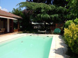 Porte de Bordeaux, Villa avec piscine, 6 chambres pour 10 personnes