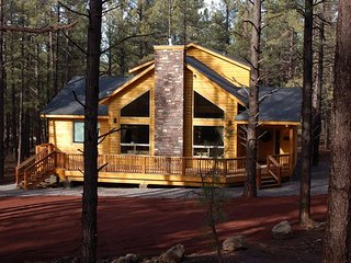 Buck N Ham Palace - 2018 Spring Dates, Book Now! Beautiful Cabin in Flagstaff, G