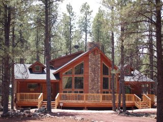 Stunning Vacation Retreat, Luxury Cabin Near Grand Canyon, Flagstaff, Williams