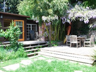 Sanctuaire - Hot Tub, Sauna, Mini Oasis in the Russian River Area