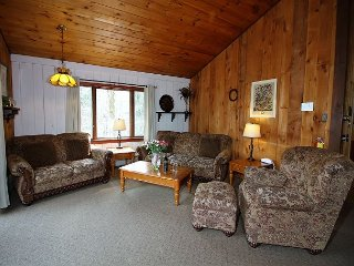 Snow Flurry - Four bedroom Townhouse sleeps 10 just minutes to Killington Bas