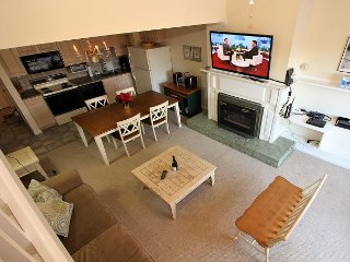 Whiffletree C7 - Three bedroom Condo Shuttle To Slopes/Ski Home