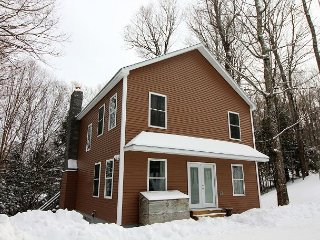 Mountainside Terrace - Completely Remodeled Five bedroom private home