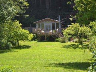 Riverside Retreat - Picturesque, Riverfront Cottage, Hot Tub