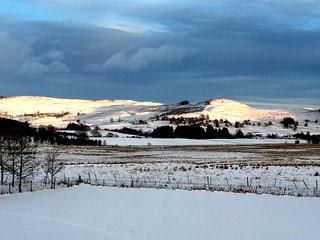 ★ Luxury Rural Scottish Hideaway ★ Log burner + Amazing Views ★