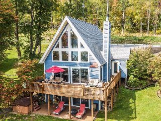 Centrally located lakefront chalet!