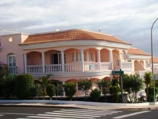 1 Bedroom Apartment in Callao Salvaje CS/127