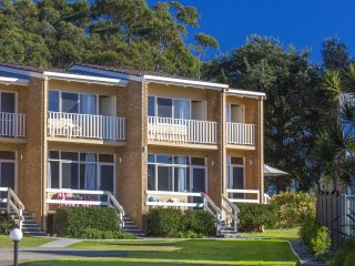 Mollymook Beach Units #7