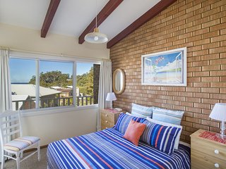 Mollymook Beach Units #5