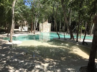 Jade Aptm, 2 RM, A/C, Swimming pool, Riviera Maya