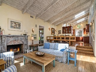 Secluded Santa Barbara retreat with spacious patio, skylights - Maritime Grove