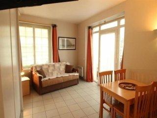Appartement T1 cabine, dans residence de vacances face mer
