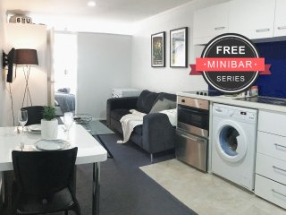 The Verge in Auckland Central (FREE MiniBar)