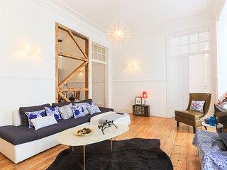 Lisbon Secret & Cozy Baixa 4 Bedrooms Apartment
