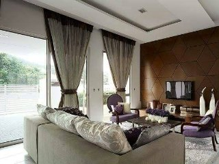 Sungai Batu Villa with 4 Rooms