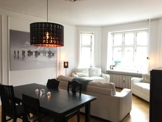 Lots of space in light filled Østerbro apartment