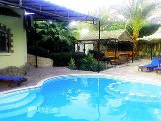 villa with big praivte sweampool and big garden
