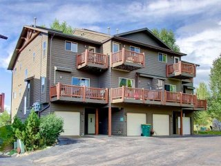 Eaglepointe Town Home 463
