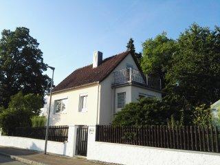 uriges kleines Ferienhaus am Stadtrand von Weissenburg