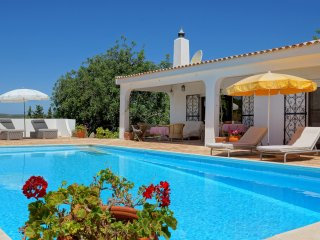 Casa Cristina - Charming Secluded Villa with Private Pool and Superb Views