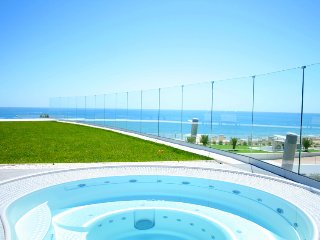 Exclusive Apartment In 5 Star Complex With Heated Pool, Jacuzzis, Sauna, Gym