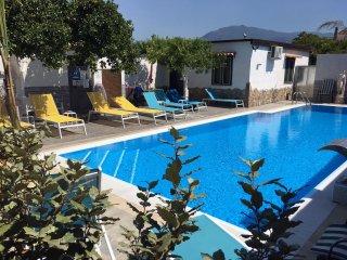 Spazioso appartamento con wifi, piscina vicino Scavi di Pompei, Napoli, Sorrento