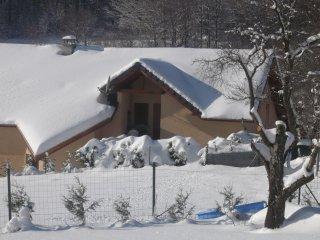 gite en moyenne montagne, été, hiver prix à partir de 200 euros semaine