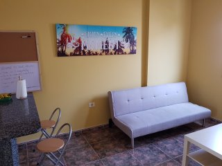 GRAN CANARIA, VECINDARIO (SOUTH-EAST strategic location) APARTMENT-FLAT-WOHNUNG