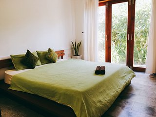 Lady's House 1- Great 4 bedrooms with large balcony Villa in Hoi An