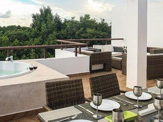 Caribbean Breeze Whispers - a Mayan Oasis Penthouse