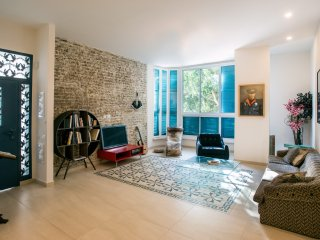 Chic Apartment in Trendy Jaffa
